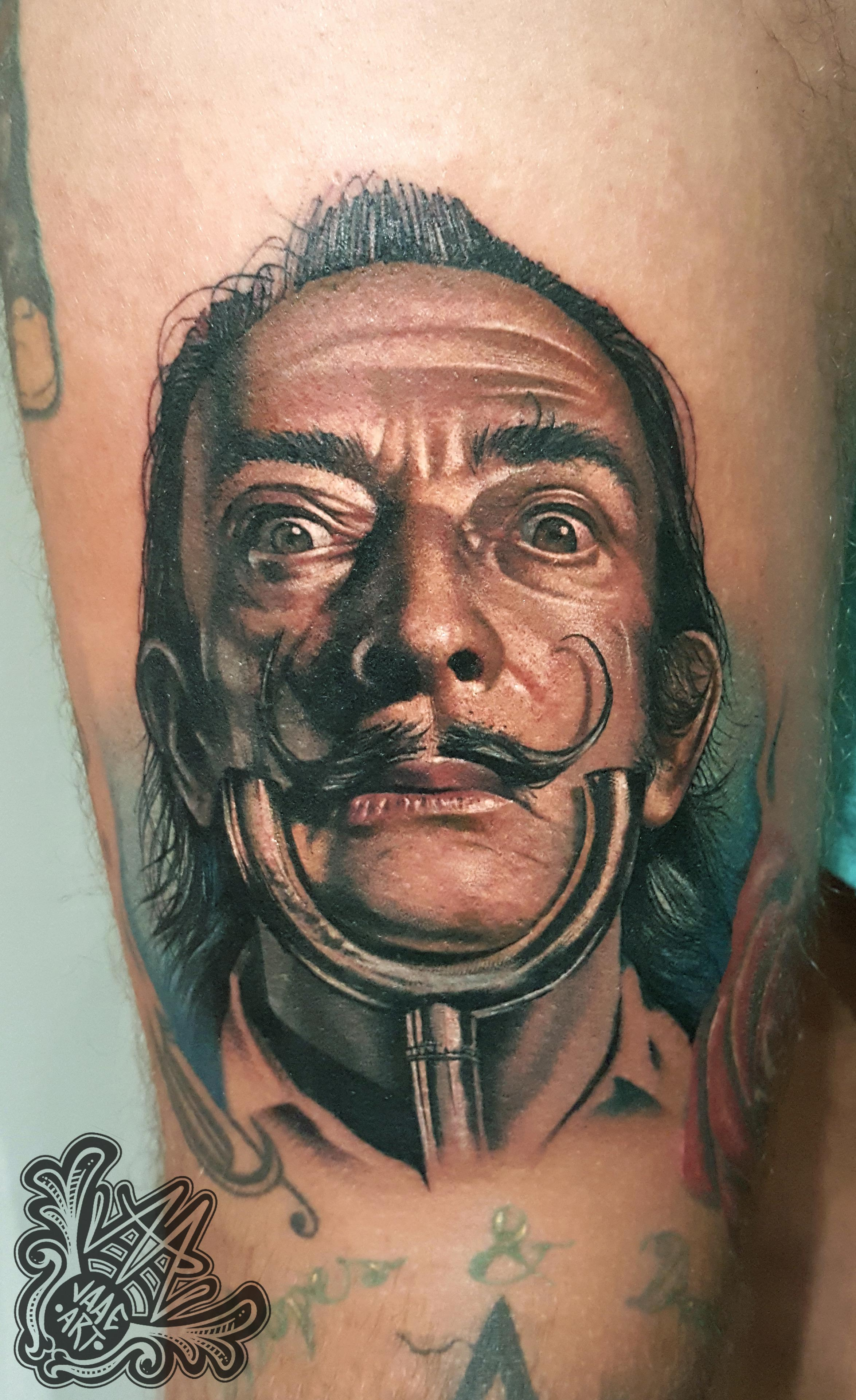 dali-portrait-colorportrait-surrealism