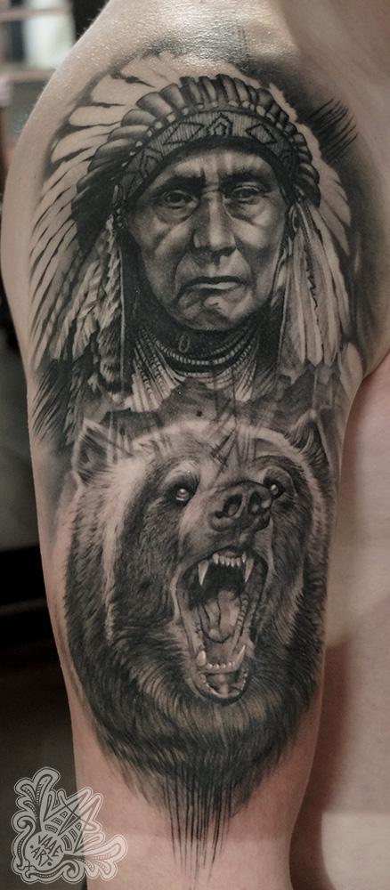 -indio-oso-nativeamerican-nativeamericantattoo-grizzlybear-beartattoo-blackandgreytattoo-halfsleevetattoo-healedtattoos-tatuadorcanario-mejorestatuadorscanarios-tatuadortenerife-mejorestatuadorestenerife-tenerifetattoo-tatuadoresespañoles-mejorestatuadoresespañoles-tattoo-tattooink-tattooindioamericano