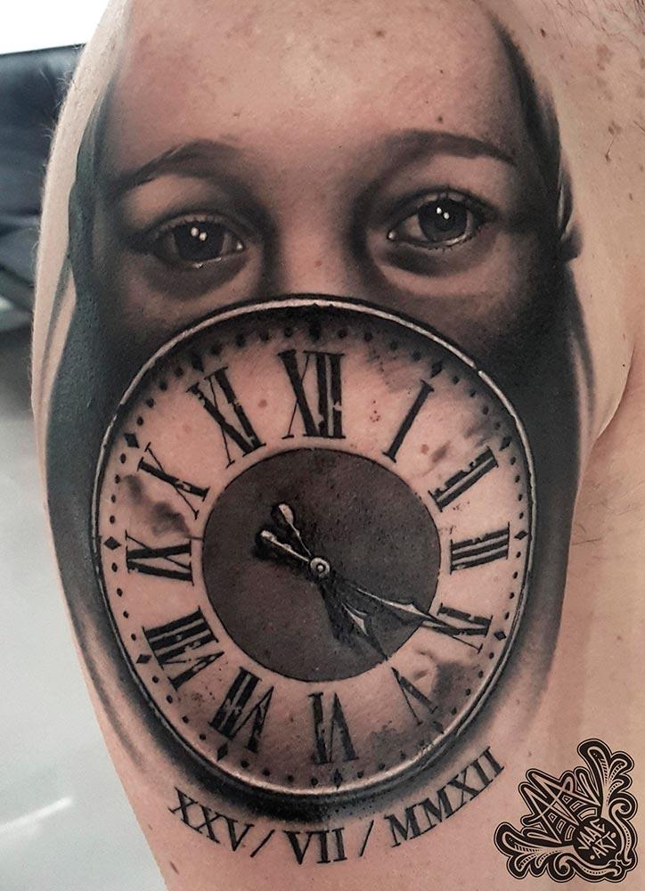 niña-reloj